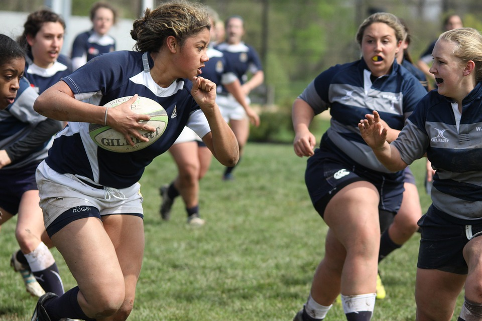 rugby-young-women