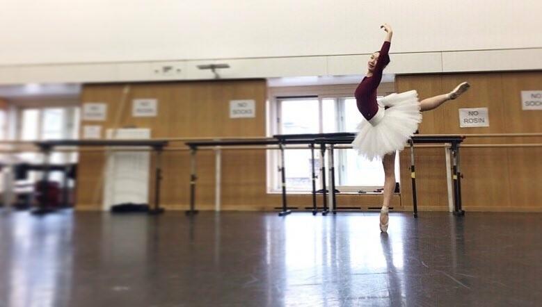 At the barre Part 1: Ballet dancers - observation, principles of